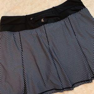 Kyodan workout skirt - medium or large